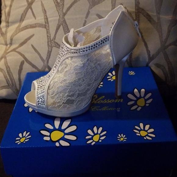 1d36933f085294 De Blossom Collection Shoes